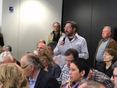 20170320 Lectura Manifest contra sentència 9N al ple Ajuntament 1